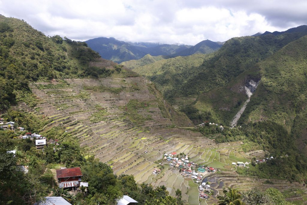 The first viewpoint is located quite central in the village of Batad from where you can have a wonderful panorama over the whole area. Make sure to pay the environmental fee of 50 pesos right next to the platform!
