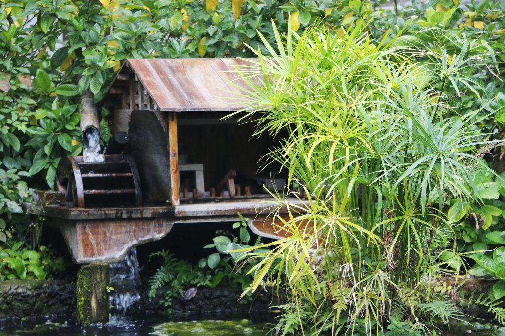 lianglangshan-tempel-pond